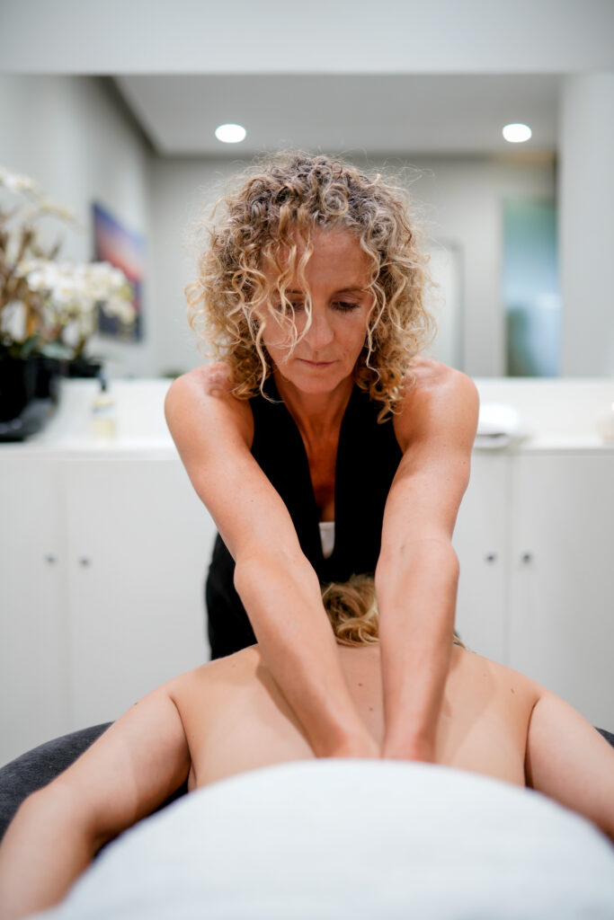 Angelique masseuse